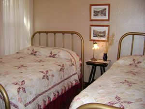 Rivers Double Guest Room 5
